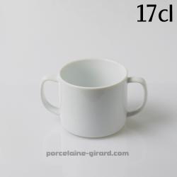 Cette tasse avec deux anses offre une bonne prise en main, ce qui est très pratique pour apprendre à boire seul./17cl