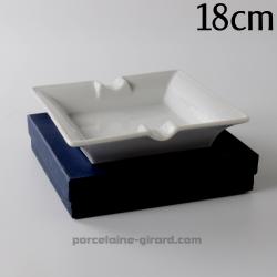 Cendrier carré 18cm dans une boite cadeau bleue