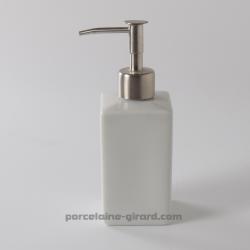 Pompe à savon de forme carrée en porcelaine blanche,/