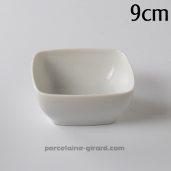 Design et élégant, cette coupelle est idéale pour une mise en valeur soignée de vos plats sur le buffet, en présentation traiteu