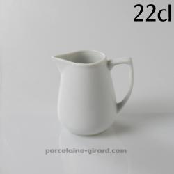 Pot avec bec verseur 22cl HT9.4cm
